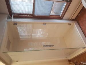 Duschväggar en fast (84 x 197,5) samt en dörr (82 x 197,5) från Emmaboda Home
